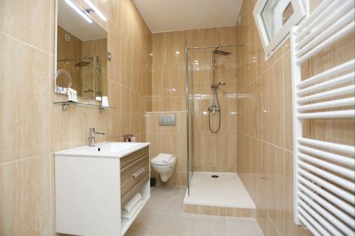 Hôtel Churchill - Bordeaux - Bathroom