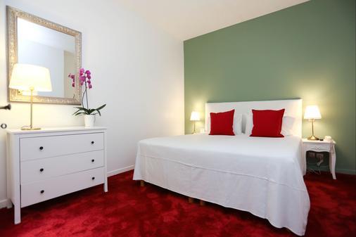 Hôtel Churchill - Bordeaux - Bedroom