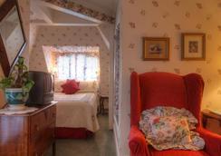 Bath Street Inn - Santa Barbara - Living room