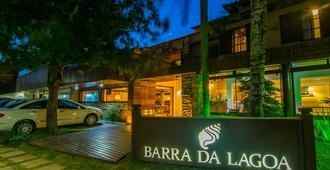 Barra Da Lagoa - Armação de Búzios - Edifício