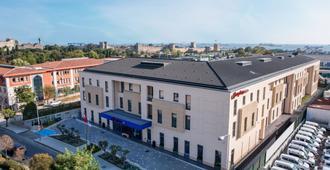 伊斯坦堡宰廷布爾努希爾頓歡朋飯店 - 伊斯坦堡 - 建築