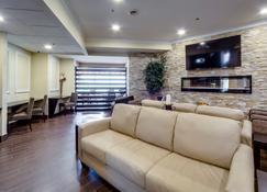 Monte Carlo Inn Vaughan Suites - Vaughan - Lobby