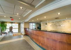 Monte Carlo Inn Oakville Suites - Oakville - Lobby
