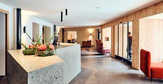 Haller suites and restaurant - Bressanone/Brixen - Front desk