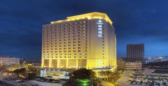 Rivan Hotel Longgang Shenzhen - שנג'ן - בניין