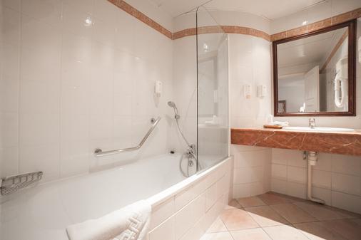 Hôtel Jardin Le Bréa - Paris - Bathroom