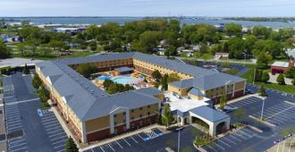 Cedar Point's Express Hotel - Sandusky - Bâtiment