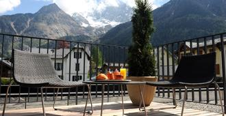 Hotel Les Lanchers - Chamonix - Balcony