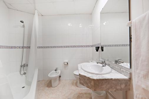 Marconfort Griego Hotel - Torremolinos - Bathroom