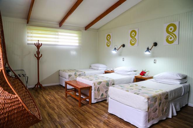 Easter Island Eco Lodge - Hanga Roa - Bedroom