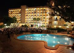 Mll Palma Bay Club Resort Hotel - El Arenal - Bâtiment