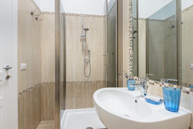 B&B Ad Maiora - Rome - Bathroom
