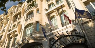 Paris Marriott Champs Elysees Hotel - Paris - Building