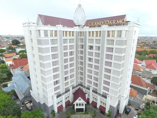 Grand Darmo Suite By Amithya - Surabaya - Building