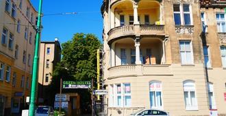 Green Hostel - Posnania - Edificio