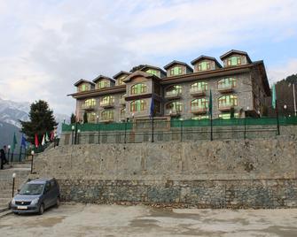 Srichan Resorts - Pahalgam - Gebouw