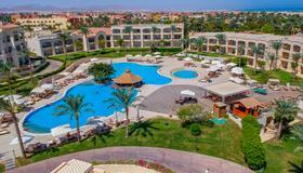 Cleopatra Luxury Resort Sharm El Sheikh - Sharm el-Sheikh - Πισίνα