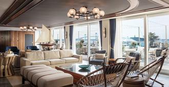 Gurney's Newport Resort & Marina - Newport - Lounge