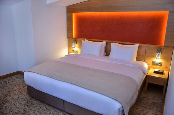 Bacacan Otel - Ayvalık - Κρεβατοκάμαρα