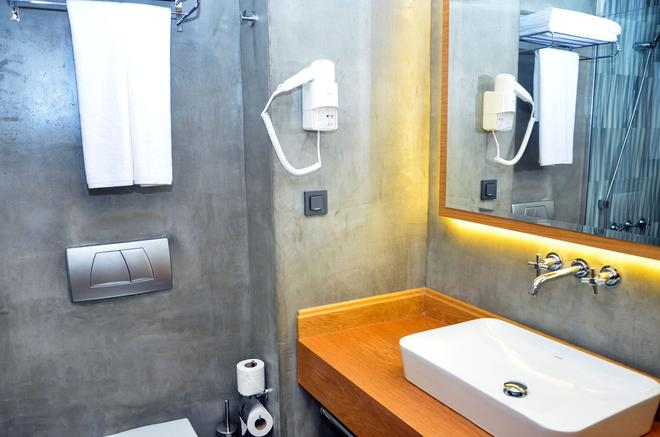 Bacacan Otel - Ayvalık - Phòng tắm