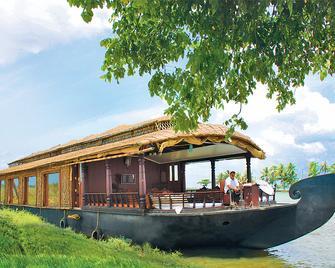 Cosy Houseboats - Alappuzha - Building