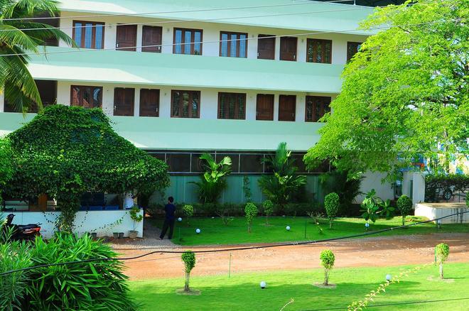 Cosy Regency - Alappuzha - Building