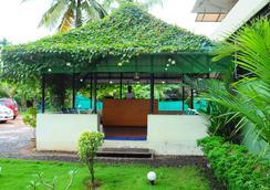 Cosy Regency - Alappuzha - Bar