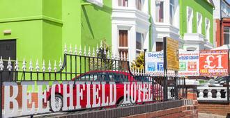 The Beechfield - Blackpool - Edificio
