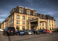 Hotel Brossard - Brossard - Außenansicht