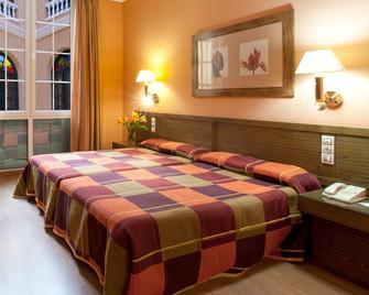 Senator Cádiz Spa Hotel - Cádiz - Schlafzimmer