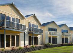 Boathouse Resort Studios & Suites - Rye - Piscine