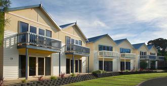 Boathouse Resort Studios & Suites - Rye - Edificio