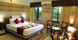Jal Mahal Resort and Spa - Mysore - Bedroom