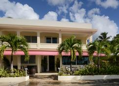 Malecón House - Vieques - Rakennus
