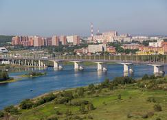 Apartamenty Rodnoy Bereg - Irkutsk - Vista del exterior