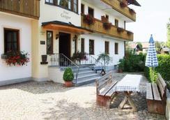 Hotel Pension Geiger - Bad Tölz - Outdoor view