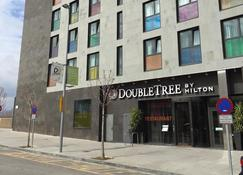 DoubleTree by Hilton Girona - Girona - Building
