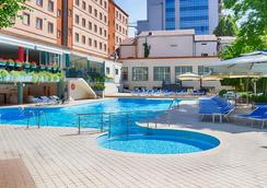 Best Western Plus Congress Hotel - Ереван - Бассейн