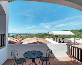 Hotel Li Graniti - Baia Sardinia - Balcony
