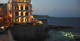 Hotel Livingston Siracusa - Siracusa - Building
