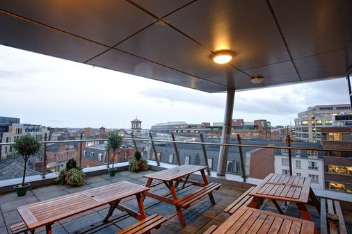 Jacobs Inn - Hostel - Dublin - Balcony
