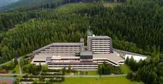 霍羅奧里度假酒店 - 什平德萊魯夫姆林 - 什平德萊魯夫姆林 - 建築