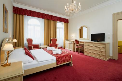 Orea Spa Hotel Palace Zvon - Mariánské Lázně - Bedroom