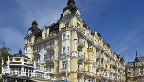 Orea Spa Hotel Palace Zvon - Mariánské Lázně - Building