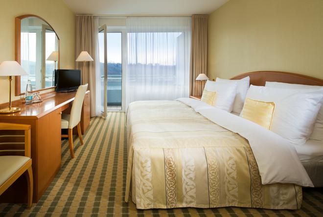 Orea Hotel Voronez - Brno - Bedroom