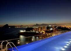 H Niteroi Hotel - Niterói - Pool