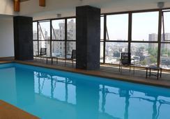 Eco Plaza Santiago - Santiago - Pool