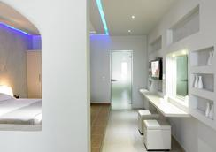 Splendour Resort - Firostefani - Bedroom
