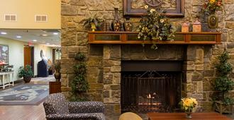 Barrington Hotel & Suites - Branson - Lobby