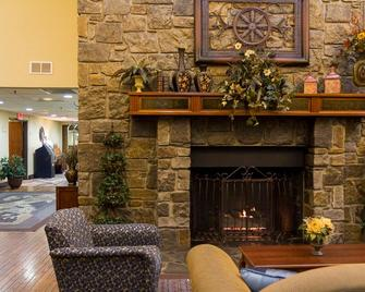 Barrington Hotel & Suites - Branson - Lobby